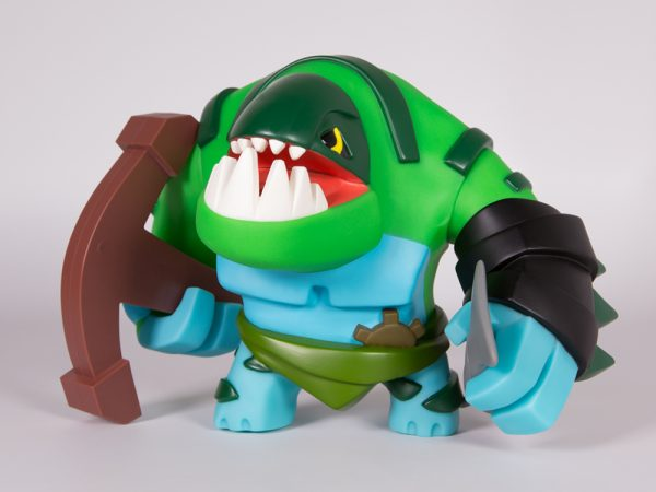 <span>Tidehunter Vinyl Figure</span><i>→</i>