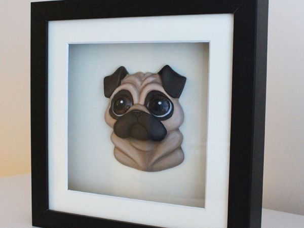 <span>Pug 3D Relief</span><i>→</i>